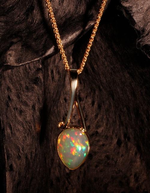 Wollo Opal